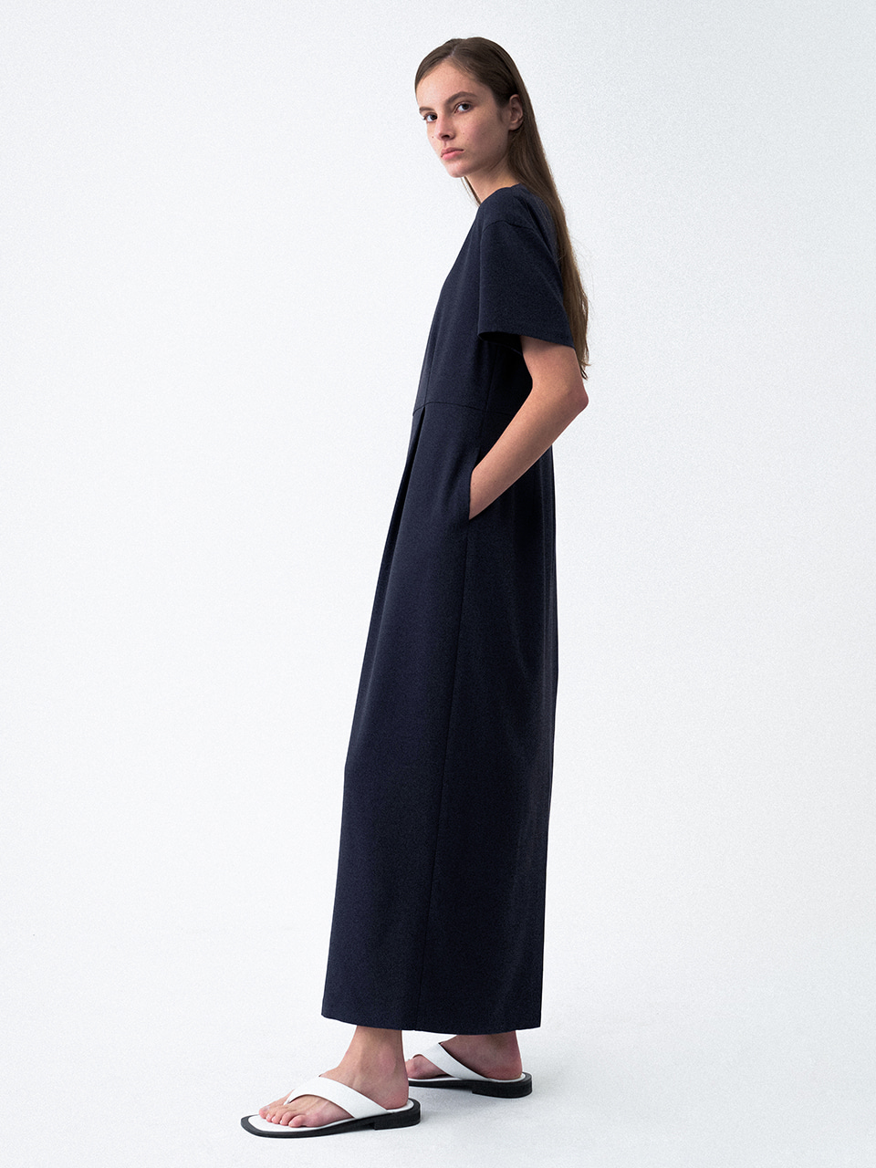 Round Neck Cocoon Dress Navy