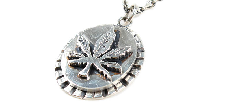 에이징씨씨씨(AGINGCCC) #130 92.5 CANNABIS NECKLACE
